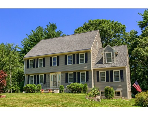 Single Family Home for Sale at 4 Pheasant Lane Groveland, Massachusetts 01834 United States