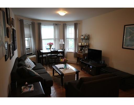 独户住宅 为 出租 在 77 Parkman Street 布鲁克莱恩, 马萨诸塞州 02446 美国