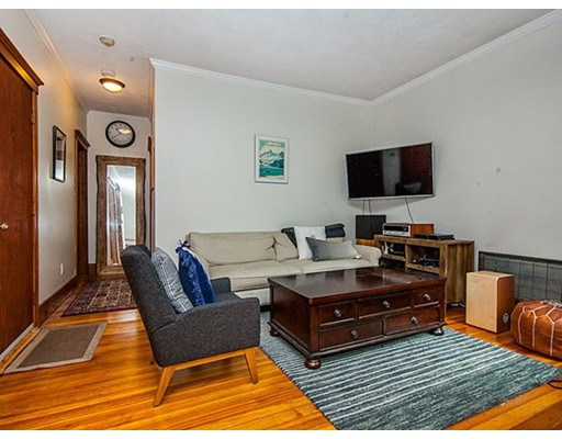Single Family Home for Rent at 34 South Russell Boston, Massachusetts 02114 United States