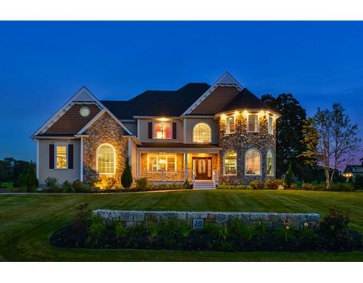 Частный односемейный дом для того Продажа на 10 Amber Drive 10 Amber Drive Wrentham, Массачусетс 02093 Соединенные Штаты