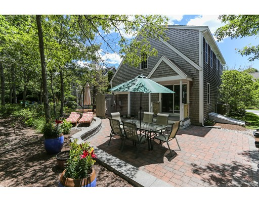 Condominio por un Venta en 121 Camp 121 Camp Yarmouth, Massachusetts 02673 Estados Unidos