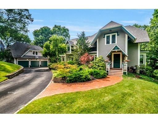 独户住宅 为 销售 在 19 Dix Street 温彻斯特, 马萨诸塞州 01890 美国
