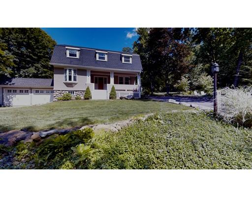 واحد منزل الأسرة للـ Sale في 13 Bolton Road 13 Bolton Road Harvard, Massachusetts 01451 United States
