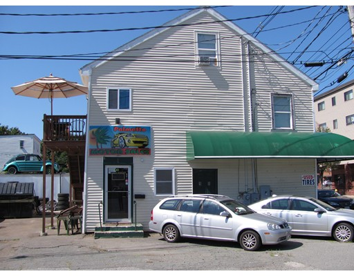 Commercial for Sale at 98 Foster Street Peabody, Massachusetts 01960 United States