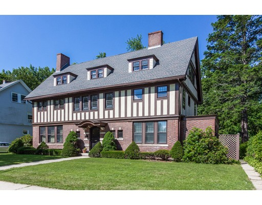 Casa Unifamiliar por un Venta en 190 Fort Pleasant Avenue Springfield, Massachusetts 01108 Estados Unidos