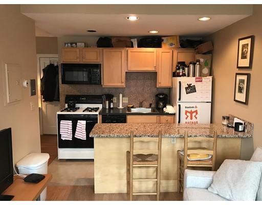 Casa Unifamiliar por un Alquiler en 12 Isabella Street Boston, Massachusetts 02116 Estados Unidos