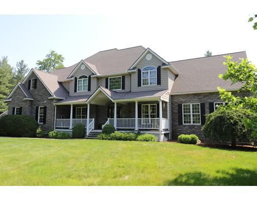 واحد منزل الأسرة للـ Sale في 41 Montague Road 41 Montague Road Westhampton, Massachusetts 01027 United States