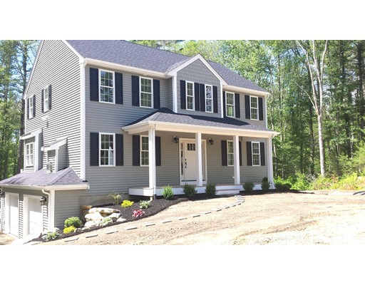 Vivienda unifamiliar por un Venta en 6 Godfrey Circle Carver, Massachusetts 02330 Estados Unidos