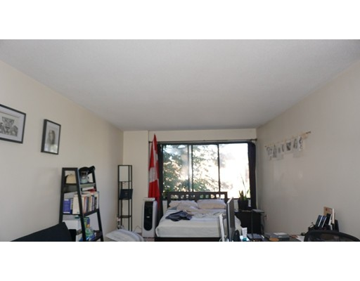 Additional photo for property listing at 59 Brainerd Road  Boston, Massachusetts 02134 United States