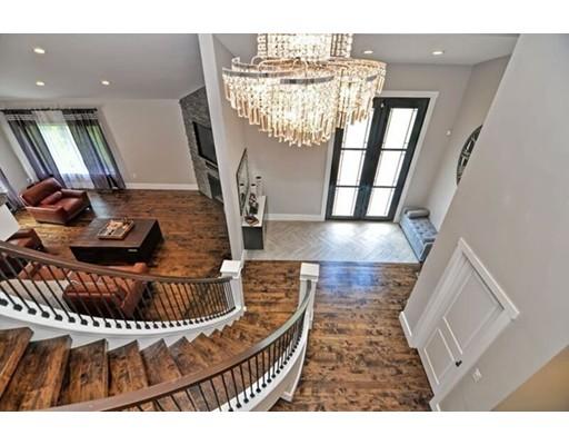 Casa Unifamiliar por un Venta en 246 Sheridan Street 246 Sheridan Street Easton, Massachusetts 02356 Estados Unidos