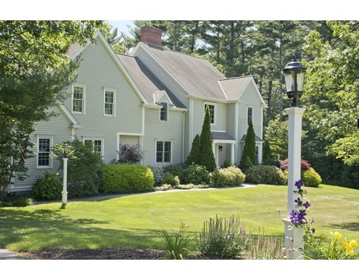 Single Family Home for Sale at 131 Rogers Way Duxbury, 02332 United States