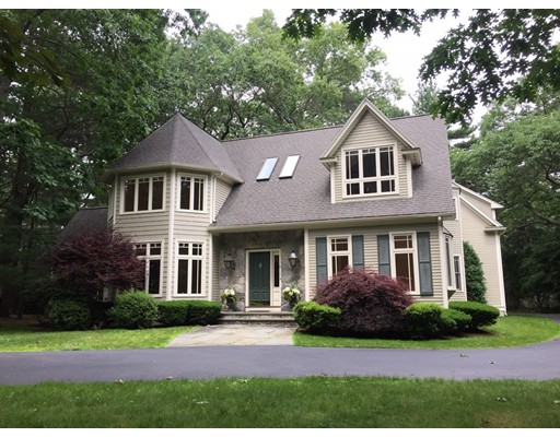 Single Family Home for Rent at 14 Graystone Lane Weston, Massachusetts 02493 United States