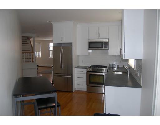 Additional photo for property listing at 14 Adams  波士顿, 马萨诸塞州 02129 美国