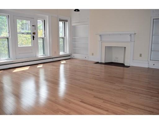 Casa Unifamiliar por un Alquiler en 39 Garrison Road Brookline, Massachusetts 02445 Estados Unidos