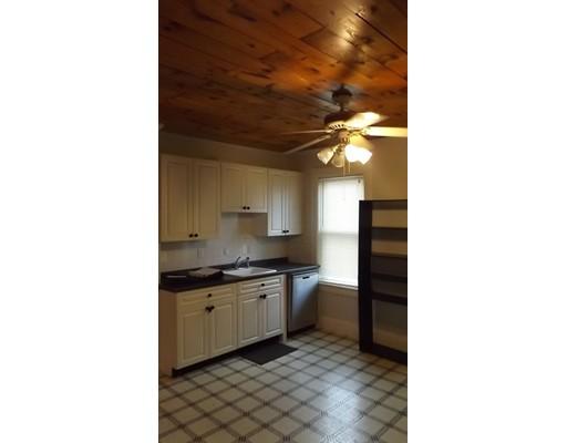 独户住宅 为 出租 在 60 Salem Street 韦克菲尔德, 01880 美国