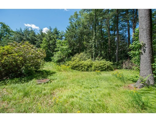 Land for Sale at 230 Merriam Street Weston, Massachusetts 02493 United States