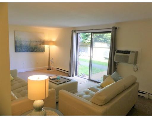 Additional photo for property listing at 60 Carter Street  Newburyport, Massachusetts 01950 United States