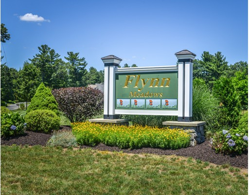 واحد منزل الأسرة للـ Sale في 12 Flynn Meadows 12 Flynn Meadows Westfield, Massachusetts 01085 United States