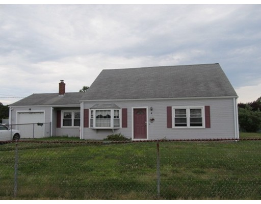 Additional photo for property listing at 4 ZENAS COWEN LANE  Dartmouth, Massachusetts 02748 Estados Unidos