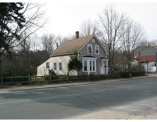 Single Family Home for Sale at 237 Plymouth Street Holbrook, Massachusetts 02343 United States