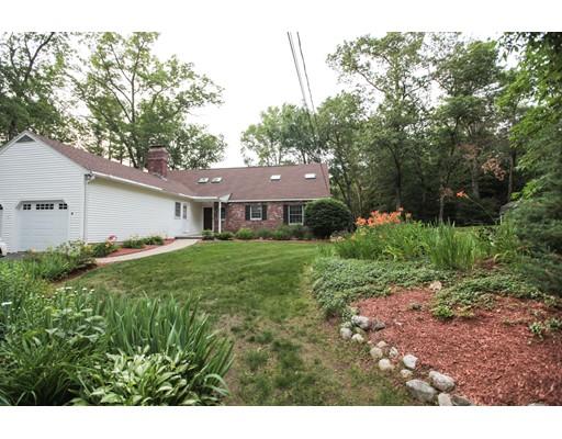 独户住宅 为 销售 在 4 Acropolis Avenue Londonderry, 新罕布什尔州 03053 美国
