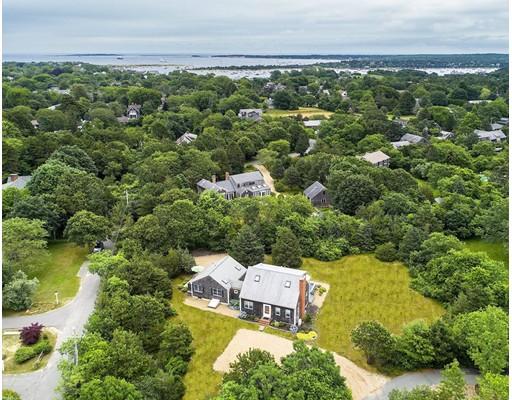 واحد منزل الأسرة للـ Sale في 42 North Street 42 North Street Edgartown, Massachusetts 02539 United States