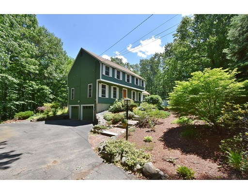 Single Family Home for Sale at 5 Cyril Road 5 Cyril Road Derry, New Hampshire 03038 United States