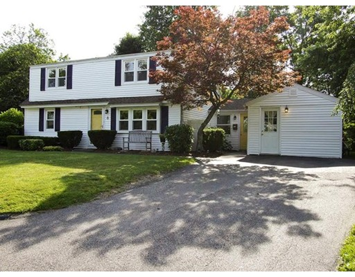 8 Bellridge Dr, Shrewsbury, MA 01545