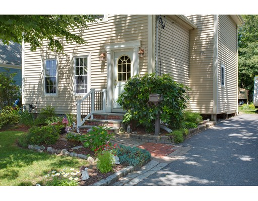 Single Family Home for Sale at 35 Grove Street Hopkinton, Massachusetts 01748 United States
