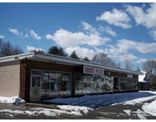 Comercial por un Venta en 99 W Main Street 99 W Main Street Dudley, Massachusetts 01571 Estados Unidos