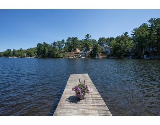 Частный односемейный дом для того Продажа на 32 W Point 32 W Point Webster, Массачусетс 01570 Соединенные Штаты