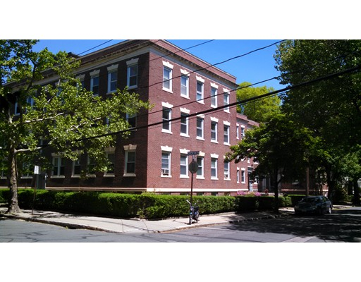 Additional photo for property listing at 59 Manchester Road  Brookline, Massachusetts 02446 United States