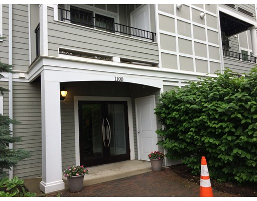 Additional photo for property listing at 1100 VFW PKWY  波士顿, 马萨诸塞州 02132 美国