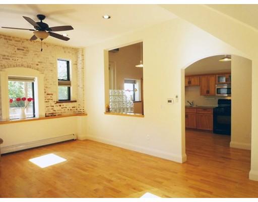 Casa Unifamiliar por un Alquiler en 72 Morrison Avenue Somerville, Massachusetts 02144 Estados Unidos
