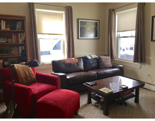 Casa Unifamiliar por un Alquiler en 41 Thompson Street Winchester, Massachusetts 01890 Estados Unidos