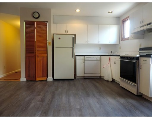 Additional photo for property listing at 24 P Street  Boston, Massachusetts 02127 Estados Unidos