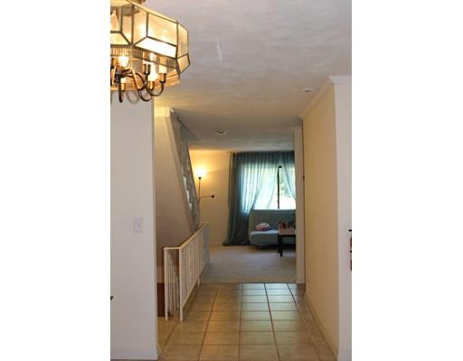 独户住宅 为 出租 在 72 Crestview Dr, 莫尔登, 马萨诸塞州 02148 美国