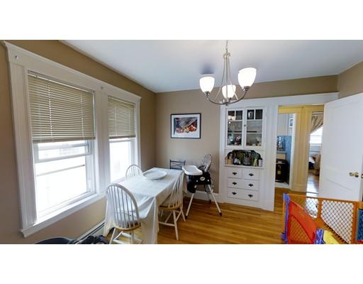 独户住宅 为 出租 在 18 Kondazian Street 沃特敦, 马萨诸塞州 02472 美国