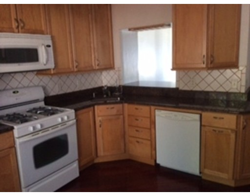 Additional photo for property listing at 3 M Street Place  Boston, Massachusetts 02127 Estados Unidos
