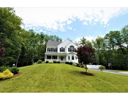 Частный односемейный дом для того Продажа на 27 Jericho Drive Kingston, Нью-Гэмпшир 03848 Соединенные Штаты