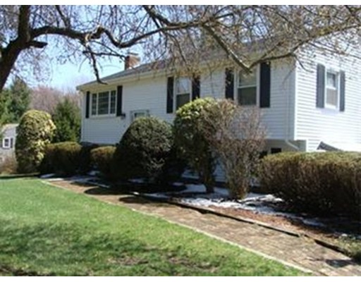 Single Family Home for Rent at 2 Ellis Street Medway, Massachusetts 02053 United States