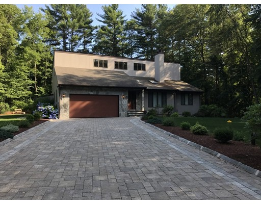 Single Family Home for Sale at 551 Indian Town Road Fall River, Massachusetts 02722 United States