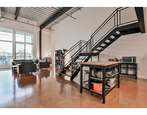 Additional photo for property listing at 950 Broadway  切尔西, 马萨诸塞州 02150 美国