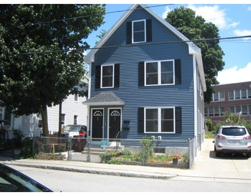 شقة للـ Rent في 62 Lane Street #A 62 Lane Street #A Lowell, Massachusetts 01851 United States
