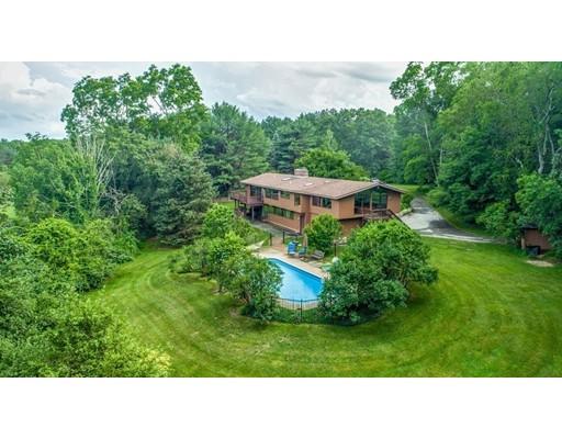 Single Family Home for Sale at 118 Nowell Farme Road Carlisle, Massachusetts 01741 United States