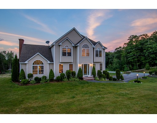 Single Family Home for Sale at 9 Steephill Drive Newton, New Hampshire 03058 United States