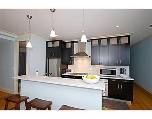 独户住宅 为 出租 在 354 Dorchester Street 波士顿, 马萨诸塞州 02127 美国