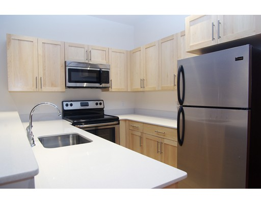 Casa Unifamiliar por un Alquiler en 407 Washington Boston, Massachusetts 02108 Estados Unidos