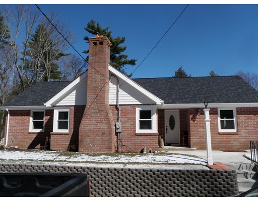 Additional photo for property listing at 41 Abington Street  Hingham, Massachusetts 02043 Estados Unidos