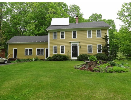Casa Unifamiliar por un Venta en 200 West Road Petersham, Massachusetts 01366 Estados Unidos